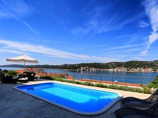 Vacation Rental in Island Murter
