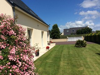 Nice Condo with Internet Access and Television - Tourville-sur-Sienne vacation rentals