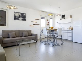 2 BDR Style Spacious - Tel Aviv vacation rentals