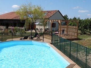 Cachette Anglaise: Gite Georgette - Casteljaloux vacation rentals