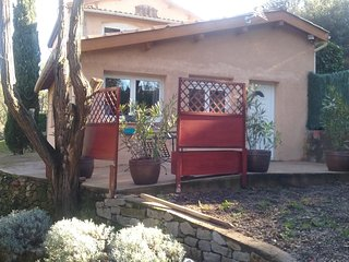 Clos-Marie Location, 85m², 2/4 pers, calme,verdure - Lamalou-les-Bains vacation rentals