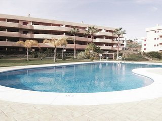 2 bed holiday apartment walking distance to beach - Mijas vacation rentals