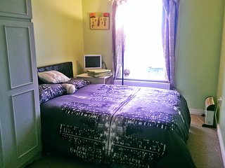 Nice 6 bedroom Gaoth Dobhair (Gweedore) Guest house with Internet Access - Gaoth Dobhair (Gweedore) vacation rentals