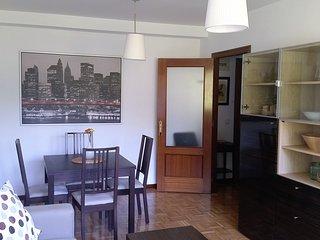 Beautiful apartment Oviedo free wifi and garage - Oviedo vacation rentals