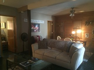 Beautiful Bungalow with Safe and Clothes Dryer - Dayton vacation rentals