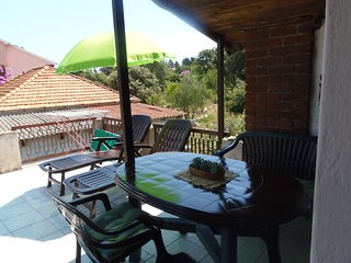 Romantic 1 bedroom Muline House with A/C - Muline vacation rentals