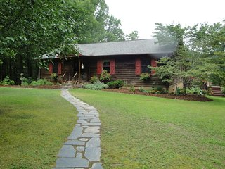 Country Home W/ 2 King Suites, Hot Tub & Pond - Meherrin vacation rentals