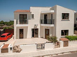 Pythagora Villa - Private pool, WIFI & English TV - Tremithousa vacation rentals