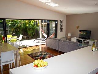 @LIZZIE   -  28A Lakeside Crescent Elizabeth Beach - Elizabeth Beach vacation rentals