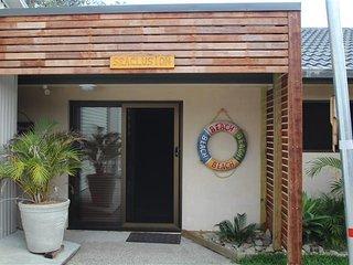 SEACLUSION   -   2/76 Boomerang Drive Boomerang Beach - Blueys Beach vacation rentals