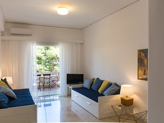 Cozy Condo with Internet Access and A/C - Vouliagmeni vacation rentals