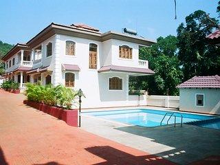 4 Bedroom Villa In Parra, Goa - Candolim vacation rentals