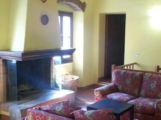 nice farmhouse,close to florence - Vaiano vacation rentals