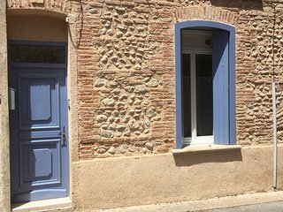 Bright Studio with Internet Access and Wireless Internet - Canet-en-Roussillon vacation rentals