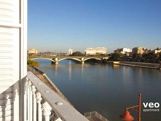 Betis Triana 3   2-bedrooms, river views, parking - Seville vacation rentals