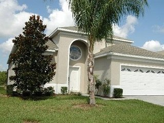 Remarkable Windsor Palms 6 Bedroom Backing Onto Reserve - Four Corners vacation rentals