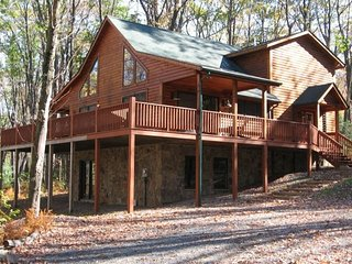 Darling Log Cabin in the Woods - Oakland vacation rentals