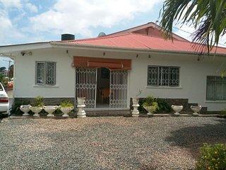 Villa completa, prezzo per camera 64E - Beau Vallon vacation rentals