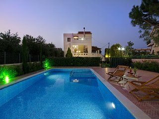 Luxurious villa in green nature - Almyrida vacation rentals