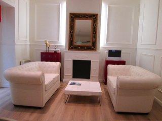 Cozy 1 bedroom Condo in Madrid with Washing Machine - Madrid vacation rentals