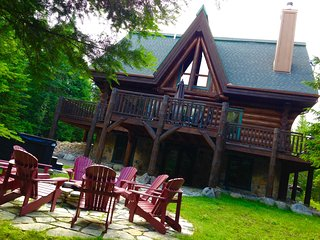 Luxurious Log Home in Tremblant area - Lac-Superieur vacation rentals