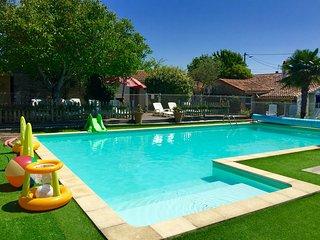 Heated pool, hot tub, sauna, mins to the beach - Angles vacation rentals