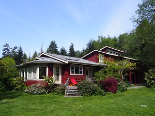 Huckleberry Retreat by South Chesterman's Beach - Tofino vacation rentals