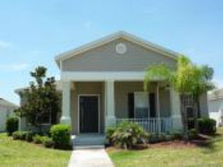 Fabulous 4 bedroomed 4 bath villa with pool - Image 1 - Kissimmee - rentals