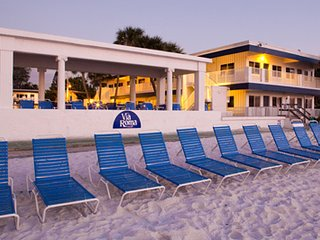Quaint Florida Resort - Bradenton Beach vacation rentals