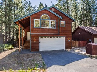 Family Favorite - Spacious Living Area, Big Yard, Hot Tub, Close to Trails - South Lake Tahoe vacation rentals