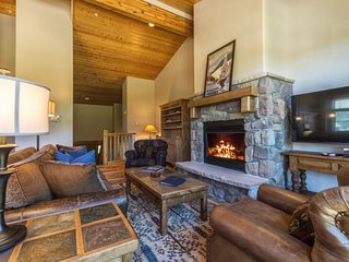 Campfire Mountain Home #9, beautifully remodeled with private hot tub! - Keystone vacation rentals