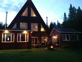 #1GÎTE DE DÉTENTE AUX PETITS SOINS;Spas Sauna et Massage Californien,indien#1 - Boileau vacation rentals