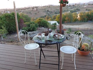 Nice Cottage with Internet Access and A/C - Pacific Beach vacation rentals