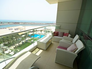 Comfortable 2 bedroom Apartment in Jumeirah Lake Towers - Jumeirah Lake Towers vacation rentals