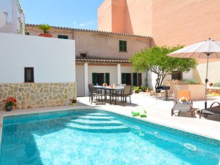 Mallorca Town House with pool disabled welcome - Ariany vacation rentals