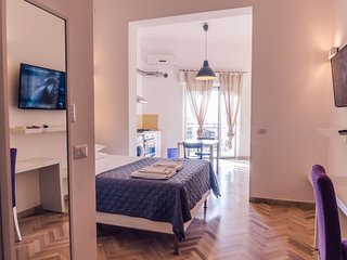 Romantic 1 bedroom Apartment in Reggio di Calabria - Reggio di Calabria vacation rentals