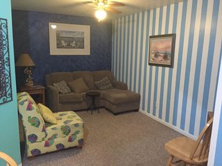 Captain`s Loft - Unit B - Price Reduced! - South Haven vacation rentals