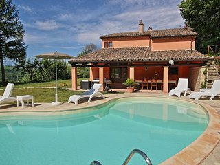Bright 3 bedroom San Lorenzo in Campo Villa with Internet Access - San Lorenzo in Campo vacation rentals