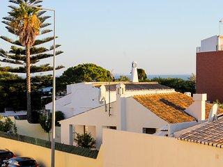 Apartamento T1 - Ouramar - Praia da Oura - Albufeira vacation rentals