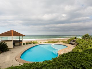 Nice Condo with Internet Access and Shared Outdoor Pool - Mermaid Beach vacation rentals