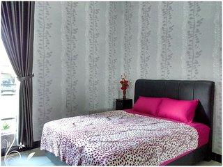 de Azure Bed n Breakfast clean and modern room - Bantul vacation rentals