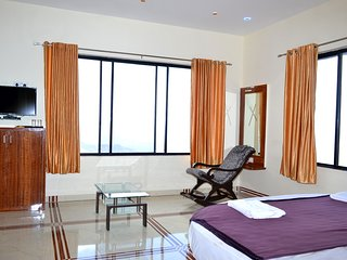 Nice 8 bedroom Resort in Panchgani - Panchgani vacation rentals