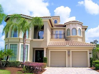 Reunion Golf Resort. 6 Bedroom 5.5 Bath Luxury Pool Home. 7471GL - Alturas vacation rentals