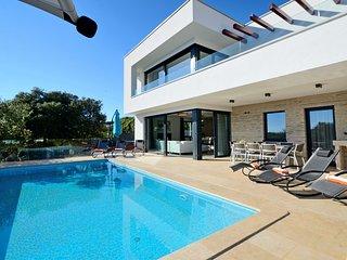 Luxury 4 bedroom villa in a unique, serene beauty town of Vrsar - Vrsar vacation rentals