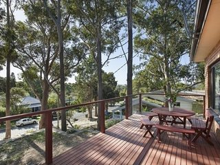 The Tree House By the Sea - Woonona Beach - Woonona vacation rentals