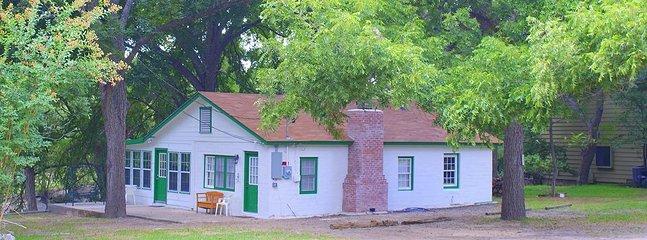 Austin Cottage - Image 1 - Wimberley - rentals