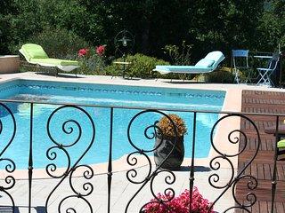 CHAMBRES D'HÔTES Tournesol Nans les pins VAR - Nans-les-Pins vacation rentals