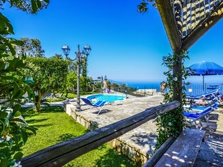 VILLA MARIKA - SORRENTO PENINSULA - Sant'Agata Sui Due Golfi - Italy vacation rentals