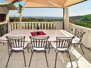 Nice 3 bedroom Condo in Klis - Klis vacation rentals