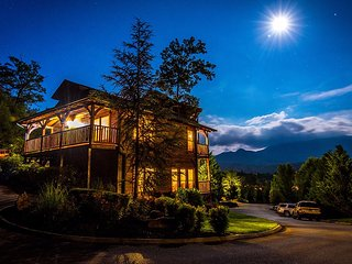 Unforgettable Views and A Theater - Gatlinburg vacation rentals